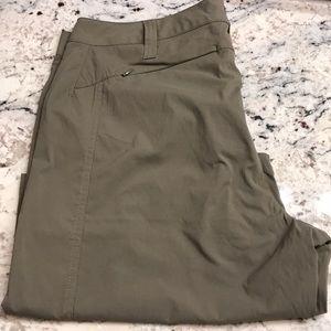Women's Royal Robbins Bermuda Shorts Size 14 NWOT